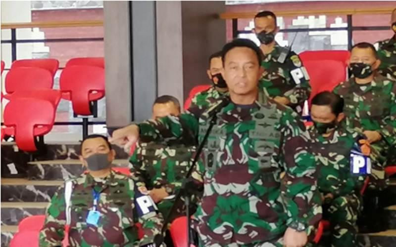 Kepala Staf TNI Angkatan Darat (Kasad) Jenderal TNI Andika Perkasa saat jumpa pers terkait insiden penyerangan Mapolsek Ciracas, di Mabes AD, Jakarta, Minggu (30/8/2020). - Antara/Syaiful Hakim