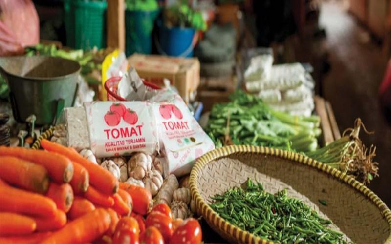 Kantong plastik merk Tomat, salah satu produk PT Panca Budi Idaman Tbk. (PBID). Istimewa