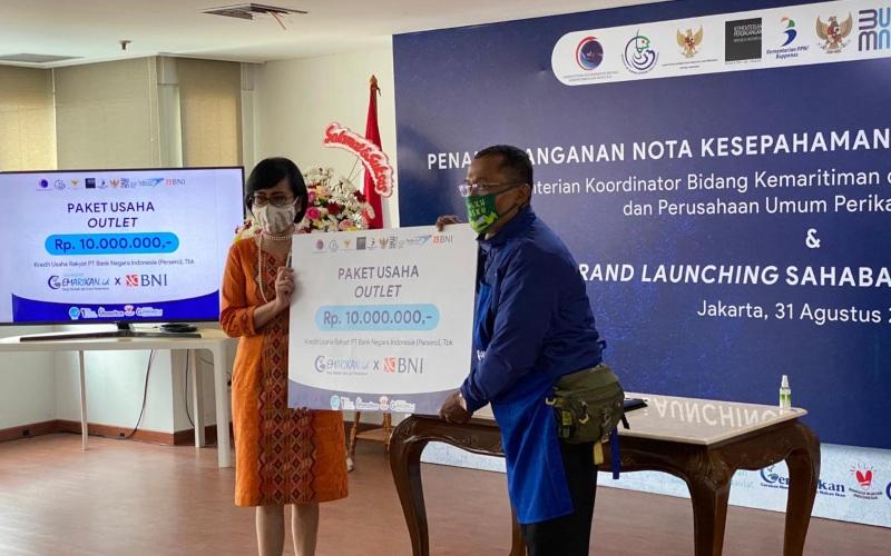 Dukungan BNI pada kegiatan Penandatanganan Nota Kesepahaman (MoU) antara Kementerian Koordinator (Kemenko) Bidang Maritim dan Investasi dengan Perum Perikanan Indonesia (Perindo) - BNI