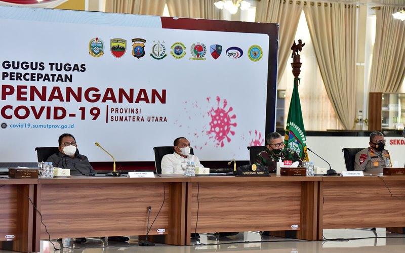 Gubernur Sumut Edy Rahmayadi bersama Forkopimda Sumut melaksanakan video conference dengan Kepala Staf Kepresidenan, Menteri ATR dan Menteri BUMN, Senin (31/8 - 2020).