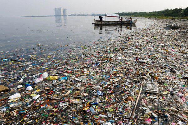 Pencemaran laut di Filipina. - Reuters/Erik de Castro
