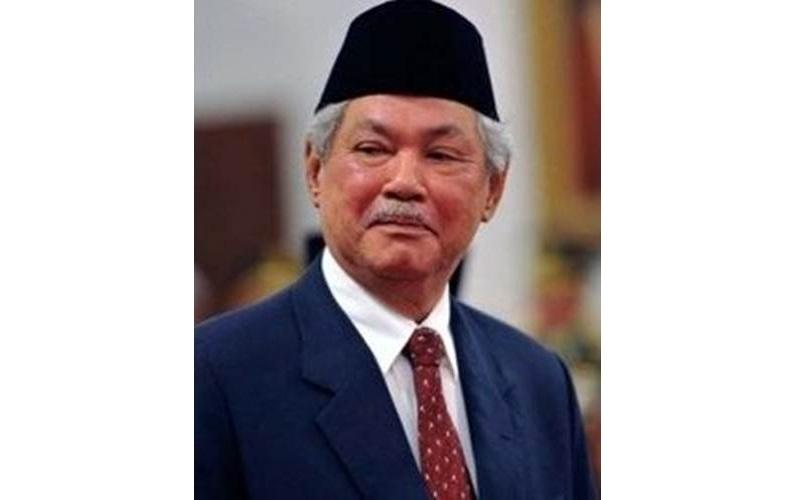 Prof Dr Malik Fadjar - wikipedia