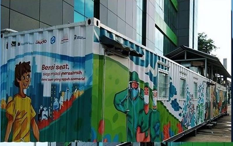Laboratorium satelit Covid-19 di dalam kontainer yang berlokasi di Rumah Sakit Khusus Daerah (RSKD) Duren Sawit. - Instagram @labkesdadki