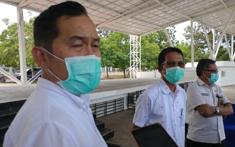 Kepala Dinas Kesehatan (Dinkes) Kota Batam Didi Kusmarjadi (kiri). - Bisnis/Bobi Bani.