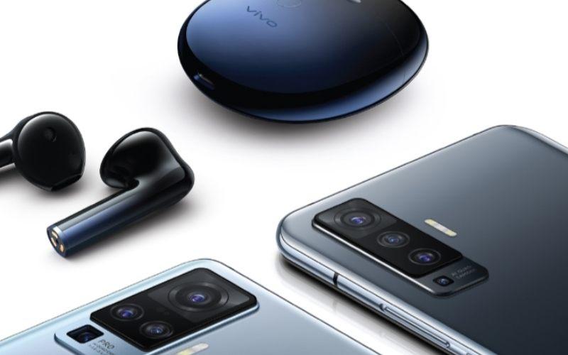 Smartphone X50 Pro dilengkapi dengan empat lensa di bagian belakang yang terdiri dari lensa utama 48MP (wide), 8MP (periskop), 13MP (portrait), dan 8MP (ultrawide). - istimewa