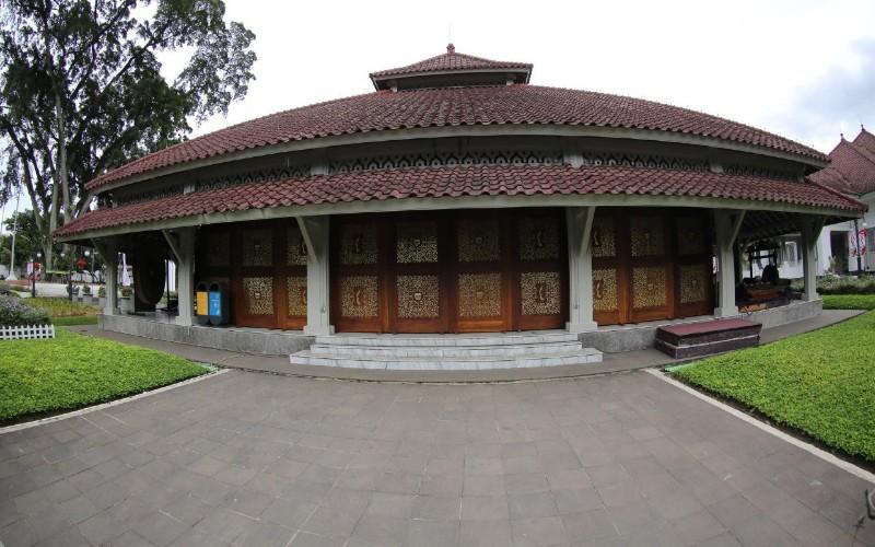 Pendopo Kota Bandung - Bisnis/Dea Andriyawan
