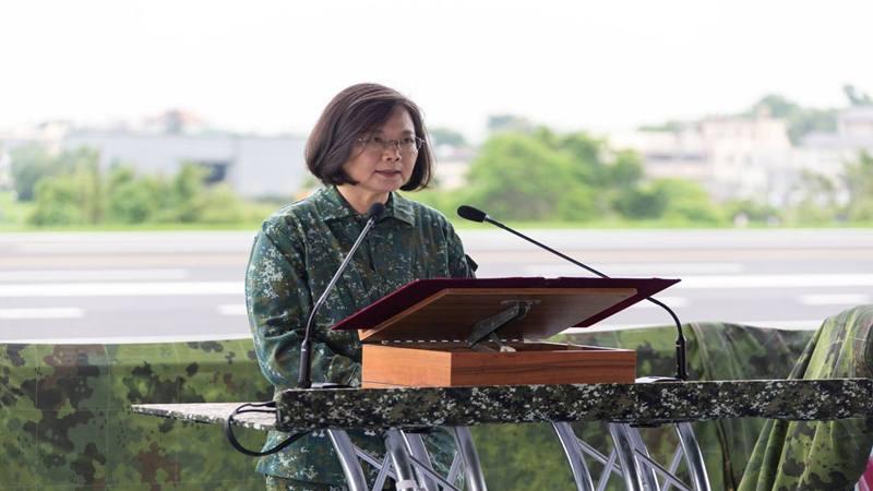 Presiden Taiwan Tsai Ing-wen - Reuters