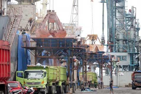 Pabrik Petrokimia - Bisnis