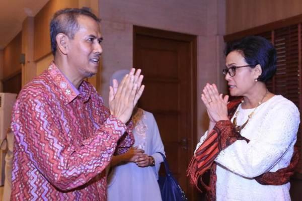 Menteri Keuangan Sri Mulyani Indrawati (kanan) menerima Kepala Badan Pengelola Keuangan Haji (BPKH) Anggito Abimanyu - JIBI/Nurul Hidayat