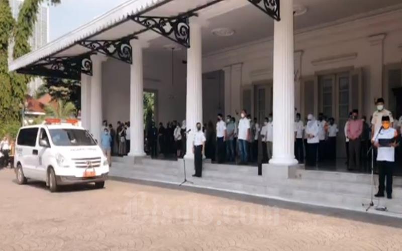 Pemprov DKI Jakarta menggelar penghormatan terakhir untuk Sekda DKI Jakarta Saefullah yang meninggal Rabu (16/9/2020). - Youtube