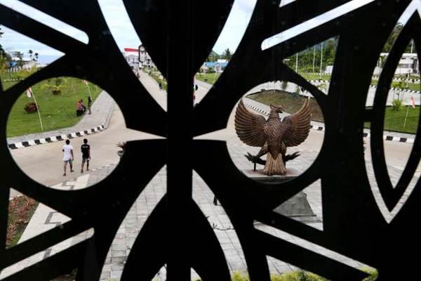 Ilustrasi: Penduduk Papua Nugini melintas di Pos Lintas Batas Negara (PLBN) Terpadu Skouw, Jayapura, Papua, Selasa (14/11). - JIBI/Nurul Hidayat