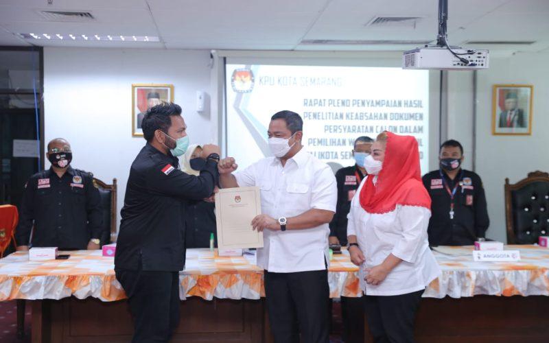 Calon petahana Hendi-Ita didampingi Ketua KPU Kota Semarang saat umumkan hasil verifikasi berkas, Jumat (18/9/2020).  - Istimewa
