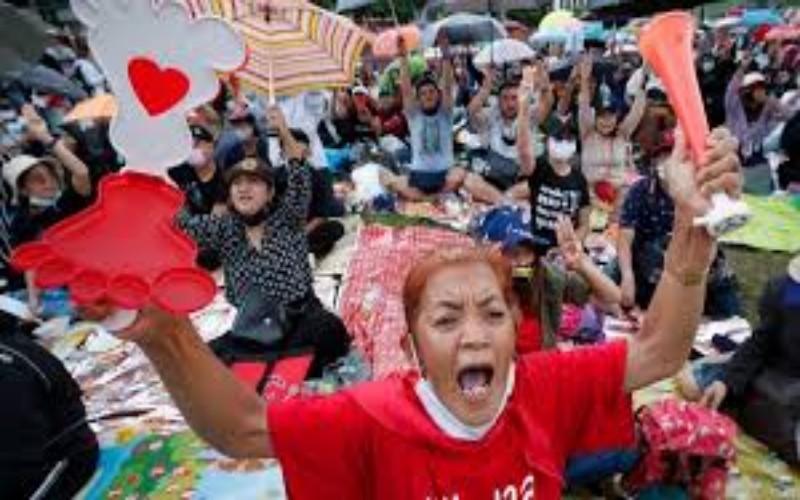 Aksi protes di Thailand