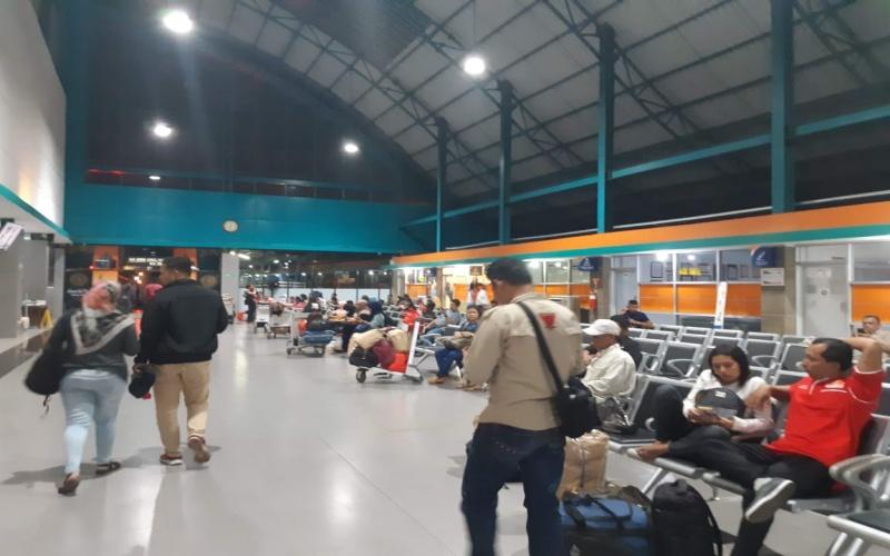 Suasana Stasiun Kertapati Palembang sebelum pandemi Covid-19./Bisnis - Dinda Wulandari
