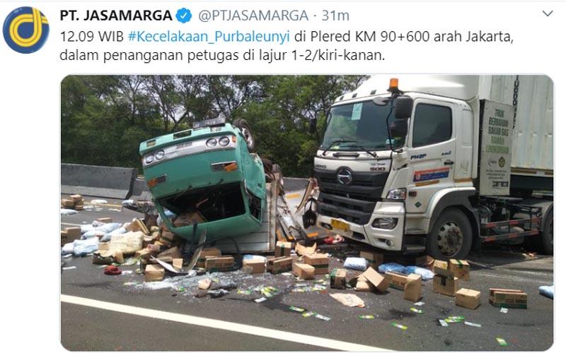 Kecelakaan di Tol Cipularang KM 90600 Selasa 22 September 2020. Foto: twitter ptjasamarga