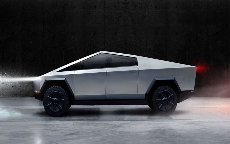 Tesla Cybertruck, mobil listrik double cabin yang tahan peluru -  Tesla