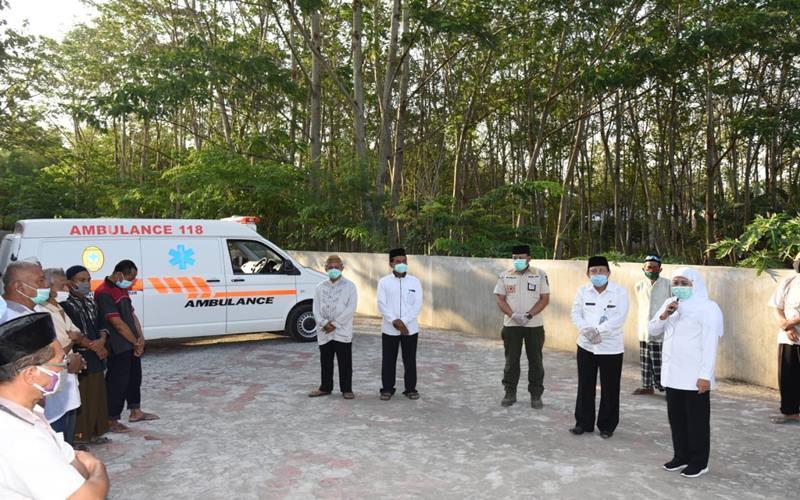 Adik ipar Gubernur Jawa Timur Khofifah Indar Parawansa dikabarkan meninggal dunia pada Rabu (23/9/2020) akibat terinfeksi Virus Corona. - Twitter@khofifahIP