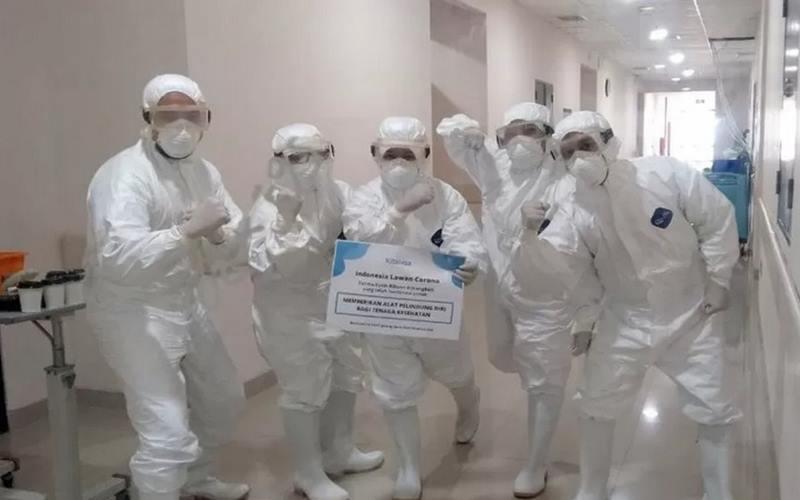 Para perawat medis di RSUD Cengkareng yang mengguakan Alat Pelindung Diri (APD). - Antara
