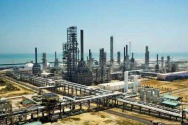 TPPI Tuban. Untuk mengurangi impor paraxylene pada 2021, TPPI akan memproduksi sejumlah 280.000 ton per tahun paraxylene, selain juga memproduksi Pertamax.  - BIsnis.com