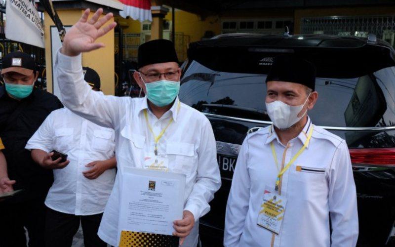 Calon wali kota Medan Akhyar Nasution dan calon wakil wali kota Medan Salman Alfarisi diusung oleh Partai Demokrat dan PKS / Istimewa
