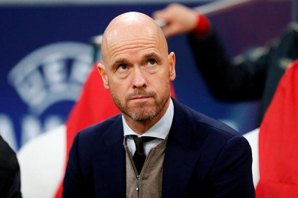 Pelatih Ajax Amsterdam Erik ten Hag. - Reuters