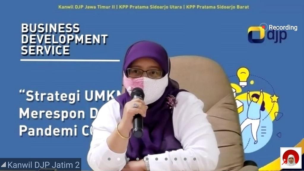 Foto: Kabid P2Humas Kanwil DJP Jawa Timur II Takari Yoedaniawati