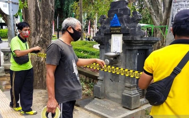 Pemkot Denpasar tutup kembali fasilitas publik akibat lonjakan Covid-19. - Antara