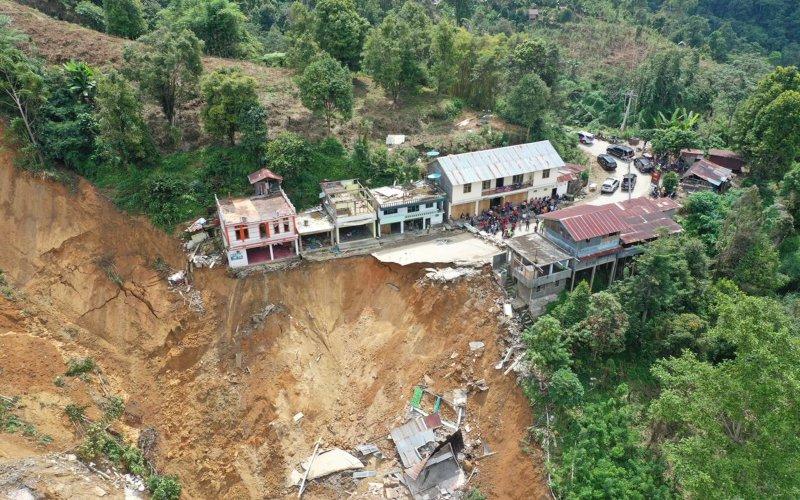 Potret udara lokasi yang terdampak longsor di Kota Palopo, Sulawesi Selatan yang terjadi pada Jumat (26/6 - 2020) sore (Istimewa)