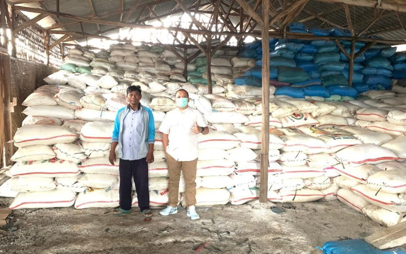Direktur Utama PT Agro Jabar Kurnia Fajar (kanan) siap menjalankan tugas penyerapan garam lokal
