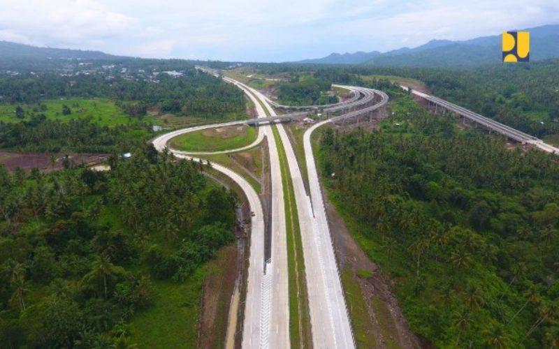 Foto aerial jalan tol Manado--Bitung. - Istimewa/Kementerian PUPR