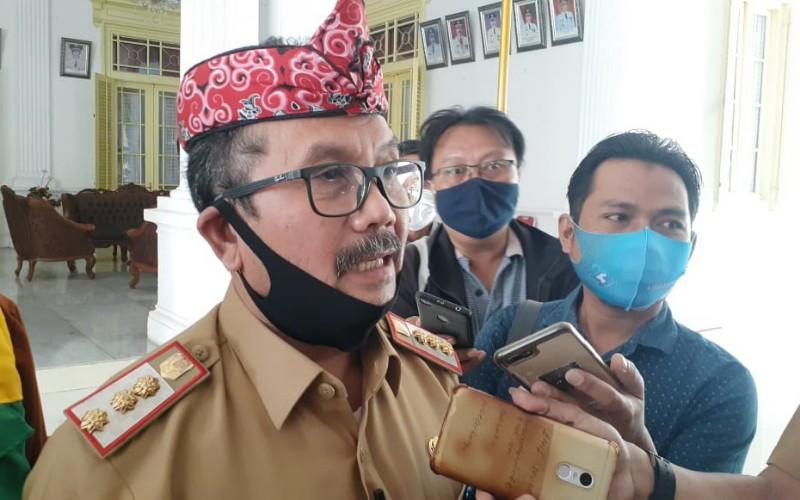Bupati Cirebon, Imron Rosyadi - Bisnis/Hakim Baihaqi