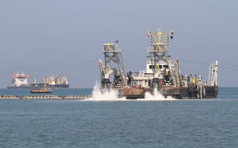Ilustrasi - Aktivitas pertambangan pasir laut - Istimewa