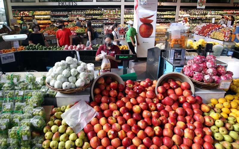 Suasana di salah satu super market di Jakarta, Rabu (9/9/2020). Bisnis - Abdullah Azzam