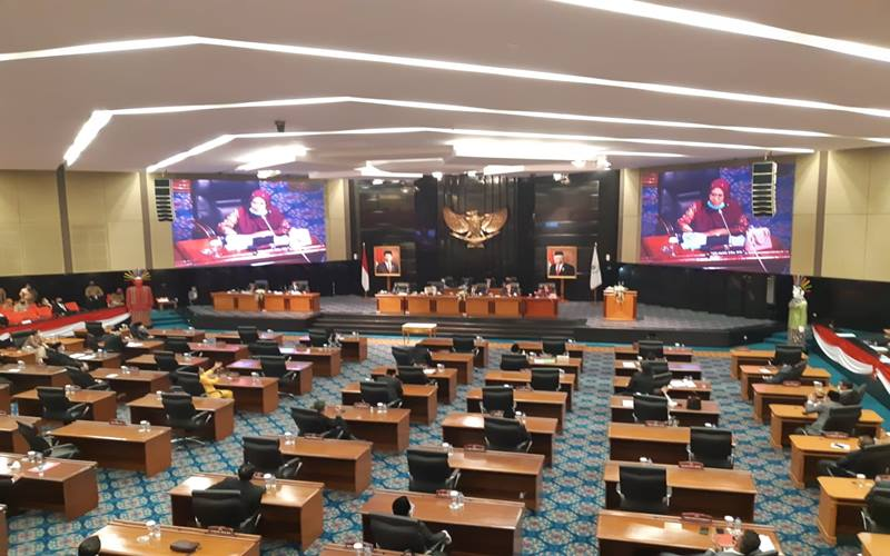 Rapat Paripurna DPRD DKI Jakarta terkait Raperda tentang Pertanggungjawaban Pelaksanaan APBD DKI Jakarta pada Senin (7/9/2020). JIBI - Bisnis/Nyoman Ari Wahyudi