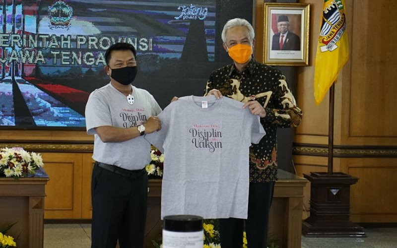 Kepala Staf Kepresidenan Jenderal (Purn) Moeldoko bertemu Gubernur Jawa Tengah Ganjar Pranowo kampanyekan protokol kesehatan 3 M melalui pendekatan budaya. - Istimewa/KSP