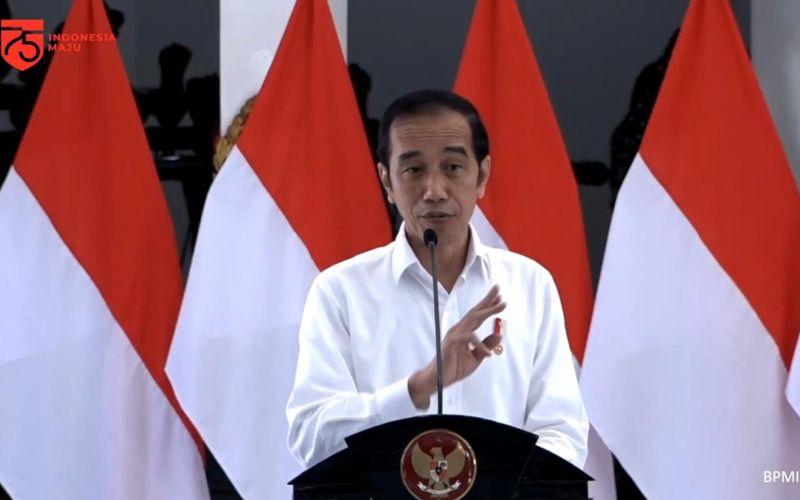 Presiden Joko Widodo dalam acara Penyerahan Banpres Produktif Usaha Mikro di Istana Kepresidenan, DI Yogyakarta, Jumat (28/8 - 2020)  -  Youtube Sekretariat Presiden