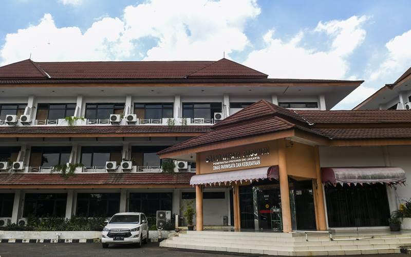 Suasana Graha Wisata Ragunan yang disiapkan menjadi lokasi isolasi mandiri pasien COVID-19 di Jakarta, Rabu (30/9/2020). Graha Wisata Ragunan menyiapkan 76 kamar yang dapat menampung 152 pasien isolasi orang tanpa gejala (OTG) COVID-19. ANTARA FOTO - Galih Pradipta
