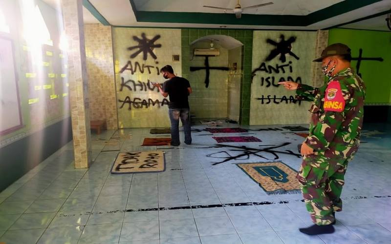 Aksi vandalisme di Musala Darussalam Pasar Kemis, Tangerang pada Selasa (29/9/2020). - Twitter @msaid_didu