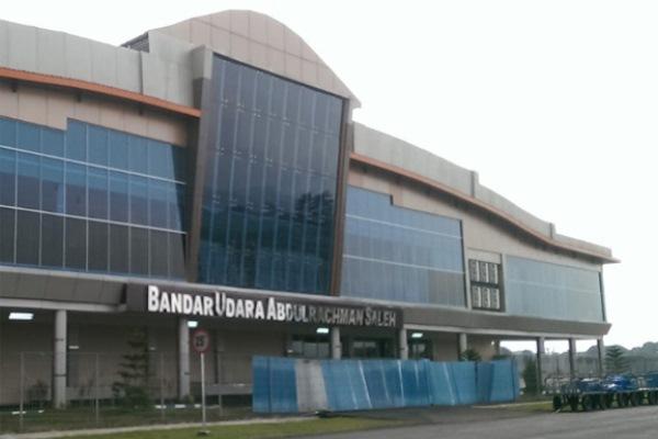 Bandara Abdul Rahman Saleh, - busbandara.com