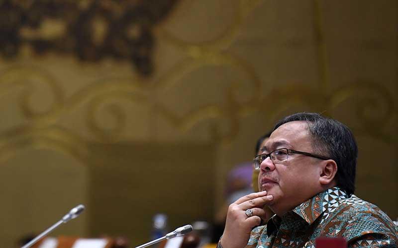 Menristek/Badan Ristek dan Inovasi Nasional (BRIN) Bambang Brodjonegoro mengikuti rapat kerja dengan Komisi VII DPR di Kompleks Parlemen Senayan, Jakarta, Selasa (8/9/2020).  ANTARA FOTO - Puspa Perwitasari