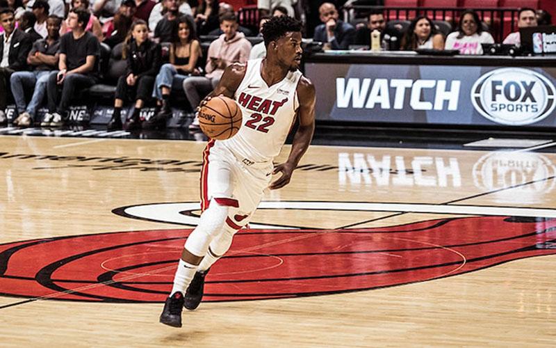 Pebasket andalan Miami Heat Jimmy Butler  -  NBA.com