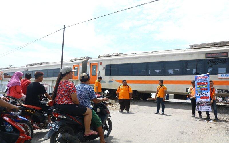 Beberapa perlintasan sebidang di wilayah DAOP 4 Semarang. - Ist
