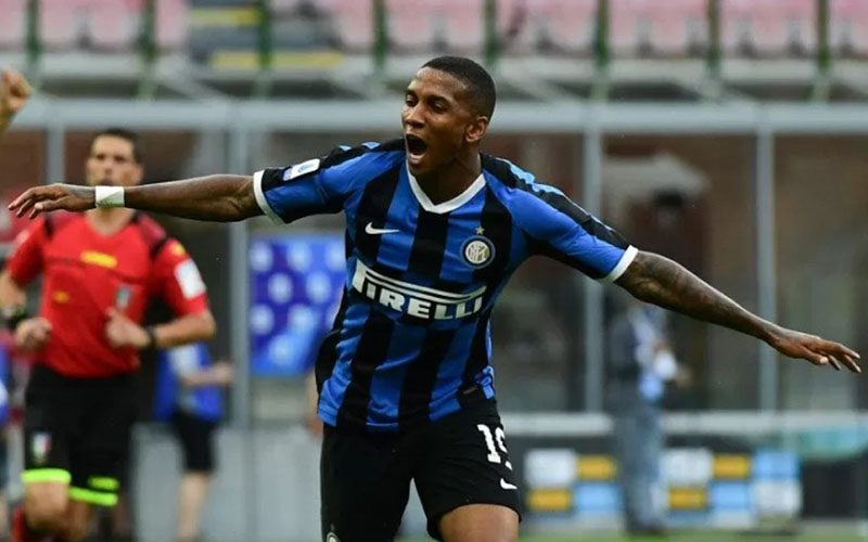 Gelandang Inter Milan Ashley Young/Antara - AFP