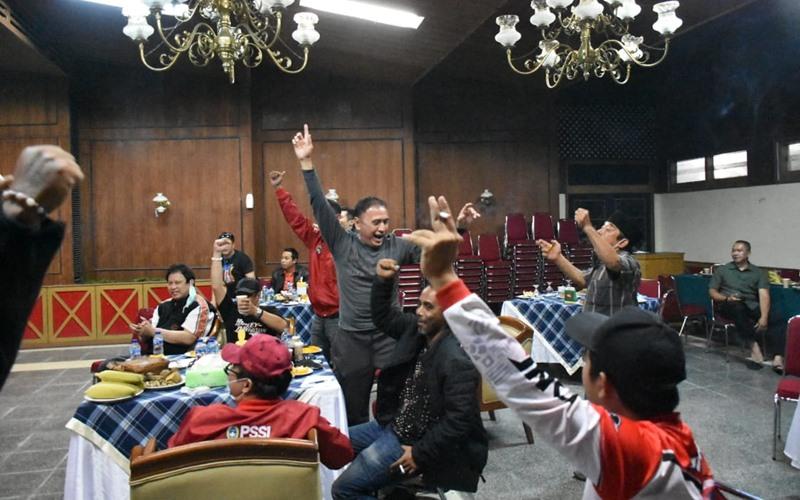 Ketua umum PSSI, Mochamad Iriawan senang saat pemain Timnas U-19 menang besar 4-1 atas Makedonia Utara - PSSI