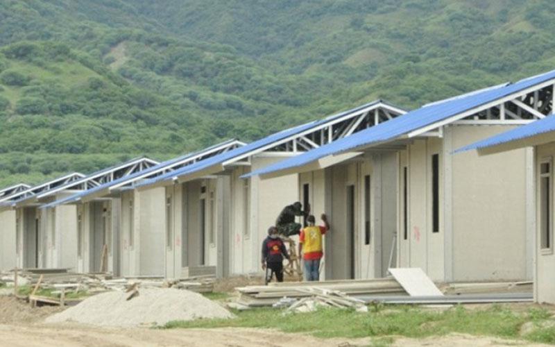 Pembangunan hunian tetap (huntap) untuk korban gempa, tsunami, dan likuefaksi Kota Palu, Sulawesi Tengah, di Kelurahan Tondo dan Talise, Kecamatan Mantikulore./Antara - Moh. Ridwan