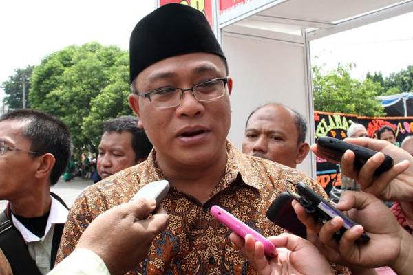 Moh Jumhur Hidayat, salah satu pegiat KAMI yang ditahan polisi - Bisnis/Andi Rambe