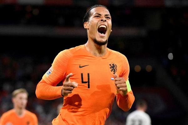 Bek Timnas Belanda Virgil van Dijk. - Reuters/Piroschka van de Wouw