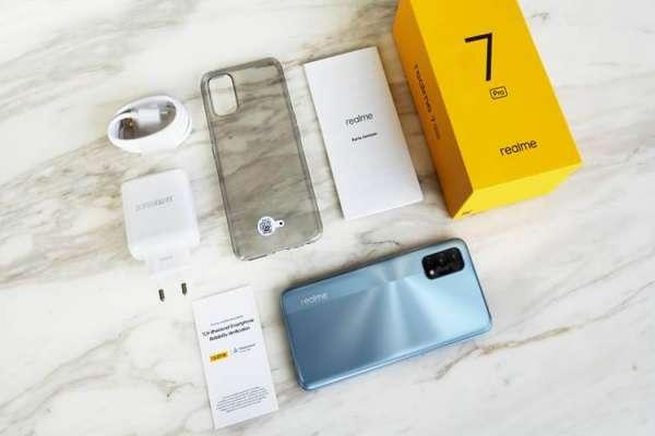 Realme 7 Pro Special Edition Meluncur November, Bedanya Apa? - Teknologi - Berita Terbaru Harga dan Spesifikasi Handphone, Info Fitur Smartphone, Komputer dan Laptop
