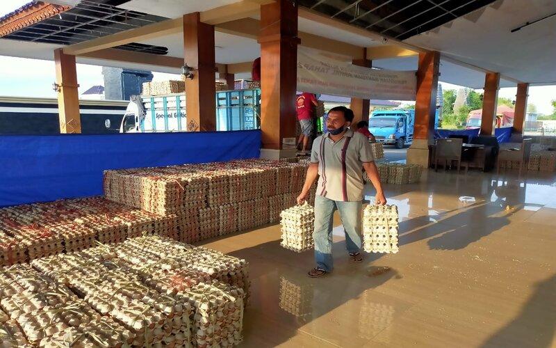 Telur ayam di Koperasi Putera Blitar siap dikirim ke berbagai daerah. - Istimewa