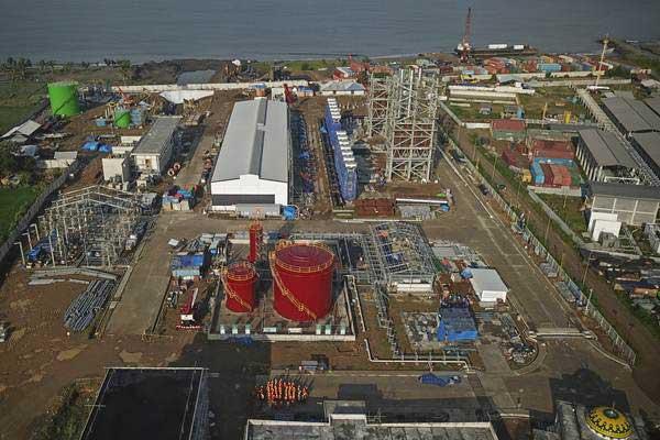 Ilustrasi: Foto proyek pembangunan Pembangkit Listrik Tenaga Gas dan Uap (PLTGU) Lombok Peaker di Tanjung Karang, Ampenan, Mataram, NTB, Jumat (4/1/2019). - ANTARA/Ahmad Subaidi
